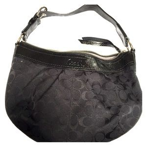 Women's Coach Hand Bag